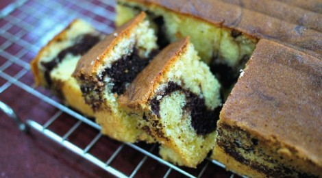 Home-baked Marble Cake: it's all about swirling!
