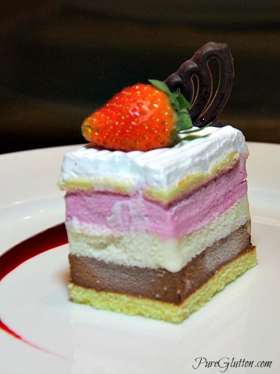 icecream cake