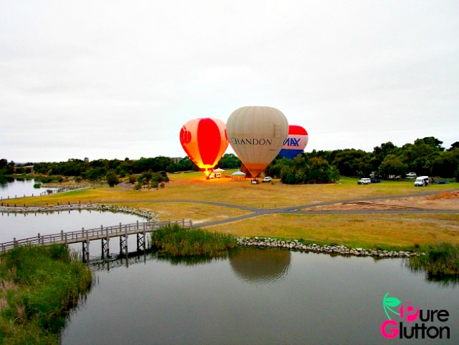 Flying with the wind in Melbourne the Global Ballooning way!
