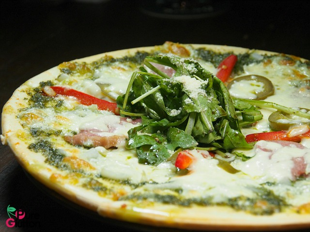 SMOKED DUCK PIZZA
