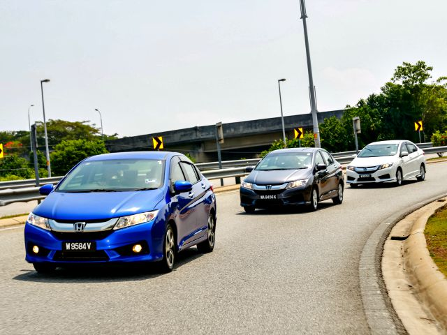 Honda City Blogger Drive_City on the road