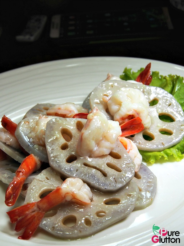 STIR-FRIED LOTUS ROOT WITH PRAWNS