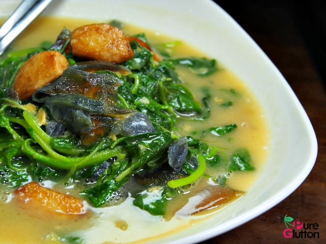 SPINACH WITH SALTED & CENTURY EGGS