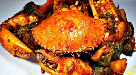 SHELL OUT – feasting on seafood with bare fingers!