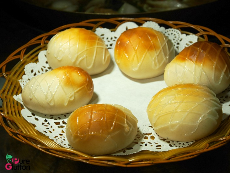 milk-custard-buns