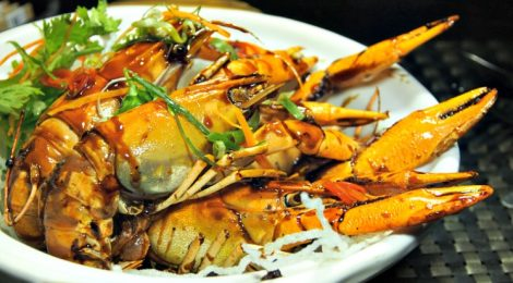 "MAKAN KITCHEN @ DoubleTree By Hilton Kuala Lumpur: Let ""The Love of Seafood"" surface!"